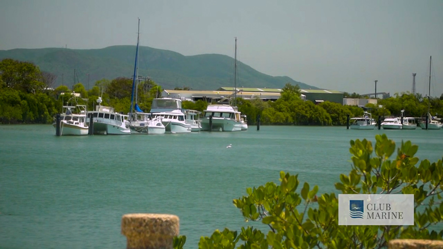 boats in port of gladstone